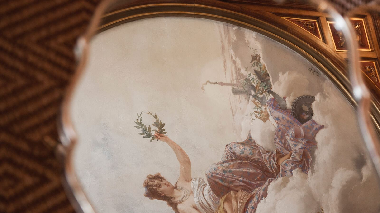 Grand Hotel a Villa Feltrinelli - The delicate frescoes