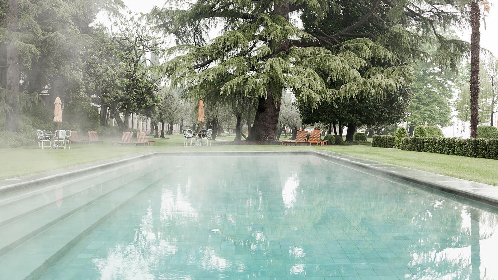 Grand-Hotel-Villa-Feltrinelli-Experience-01-the-pool