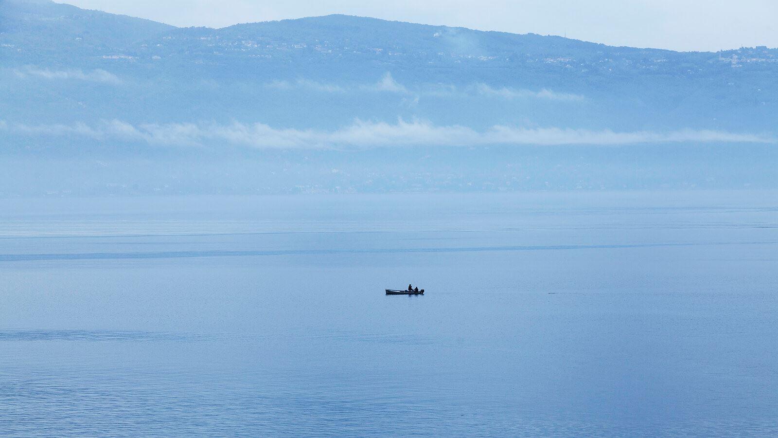 Grand-Hotel-Villa-Feltrinelli-Lake-Garda-03-peacefull stillness