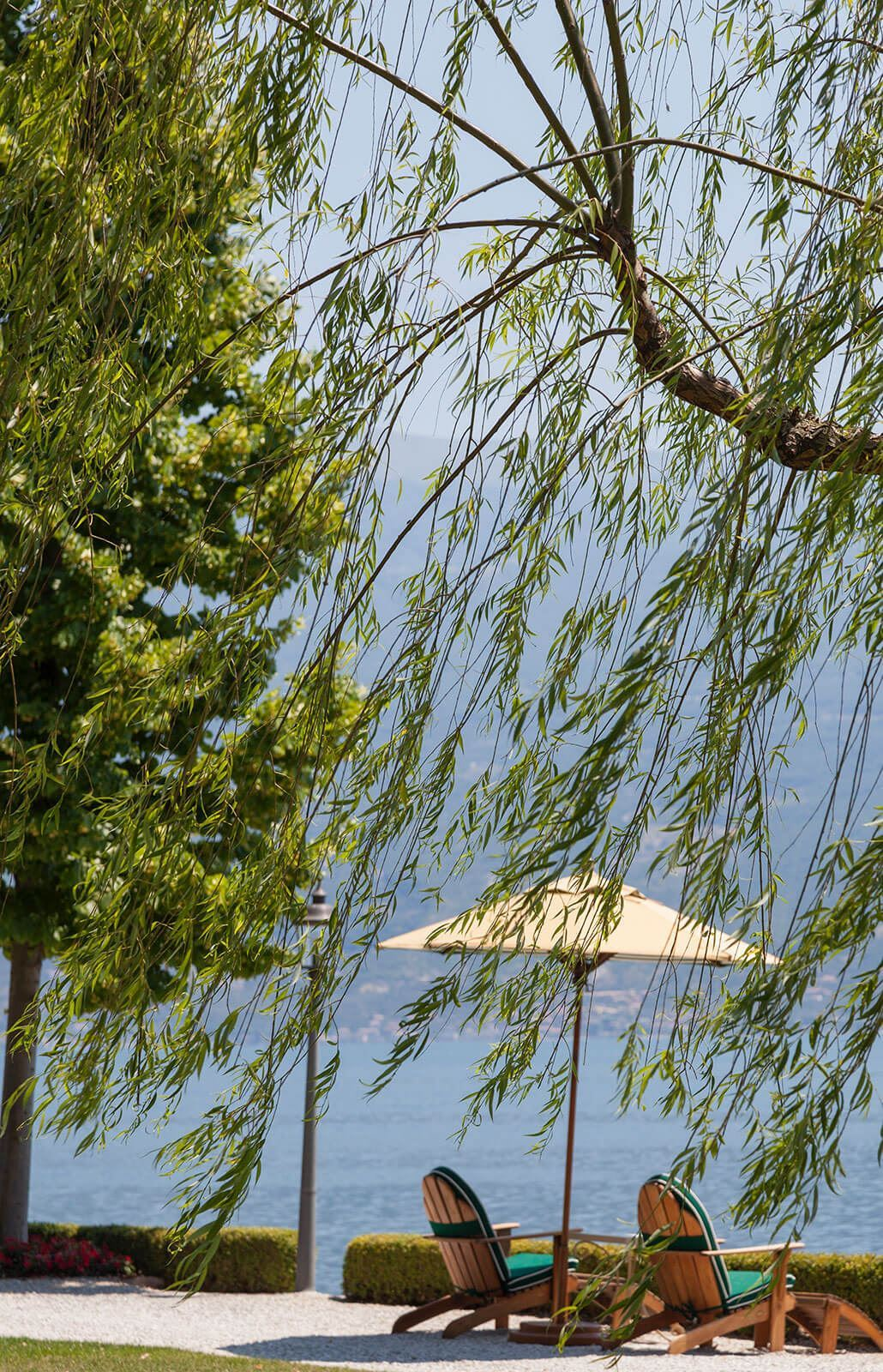 Grand-Hotel-Villa-Feltrinelli-Lake-Garda-06-a mild climate that always offers fascinating landscapes
